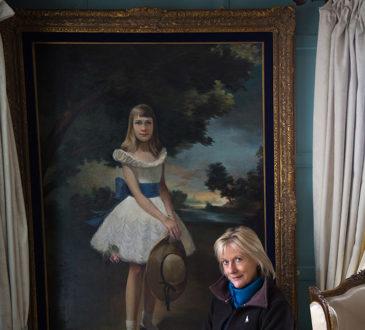 Olga Romanoff by Egor Piskov