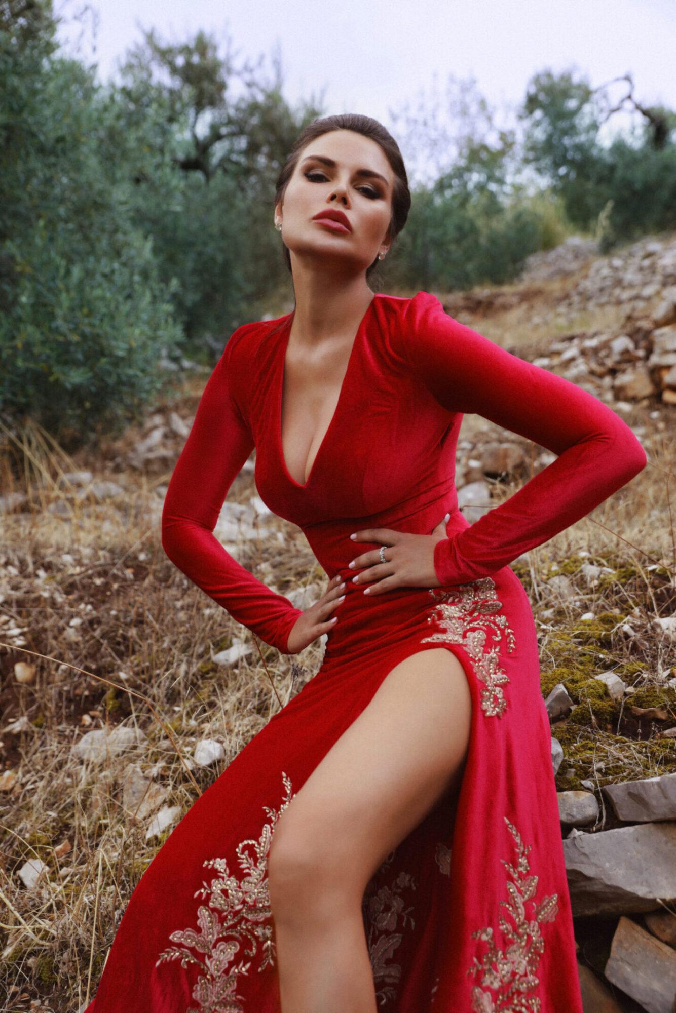 EKATERINA FEDOROVA_russian roulette magazine