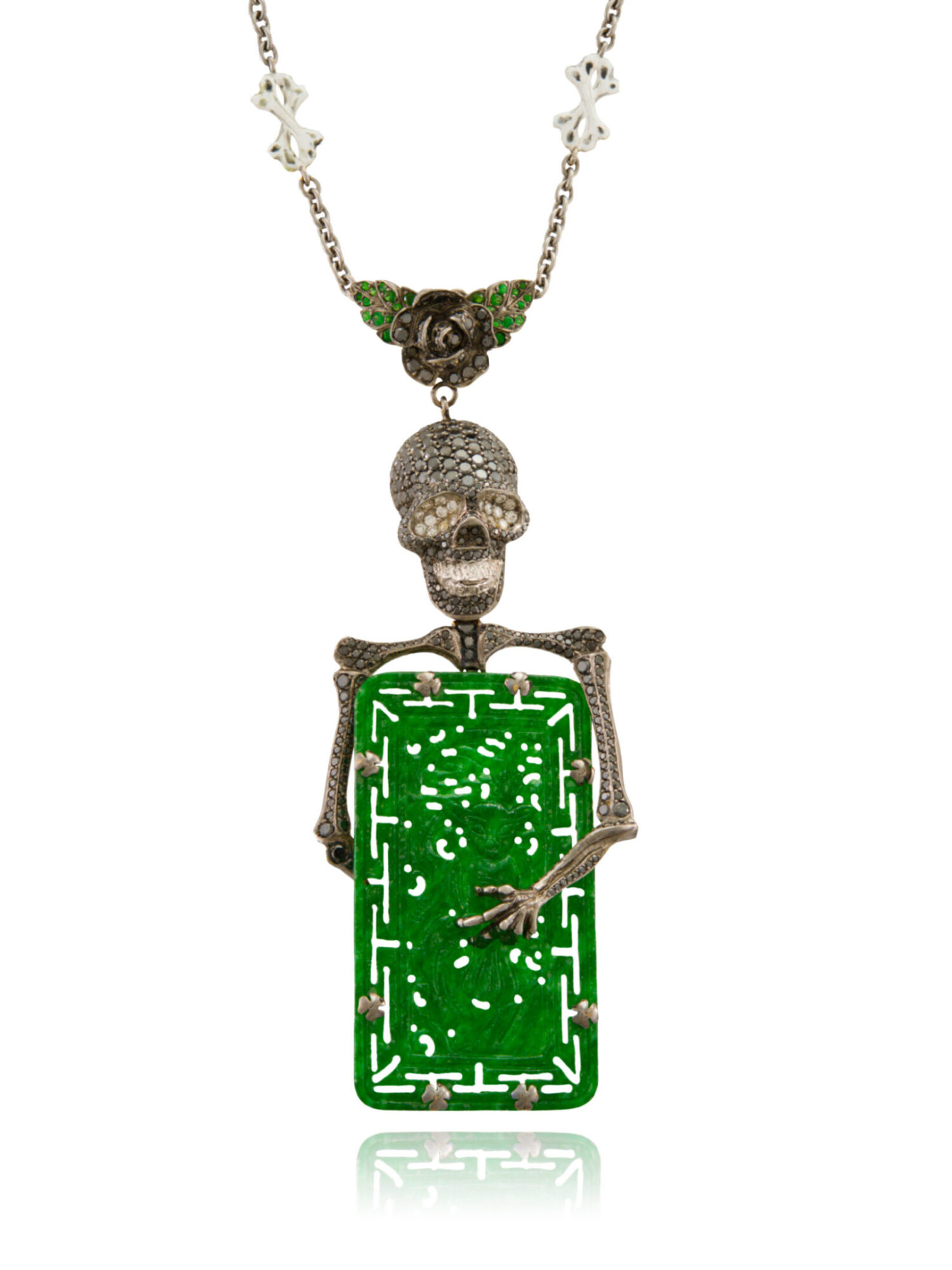 Necklace 18 K OR / gold platted with black rhodium 55.7 grs, 451 DTS / black diamonds 6.82 cts, grenats / garnets 0.14 gr, 1 jade 6.2 grs + chain