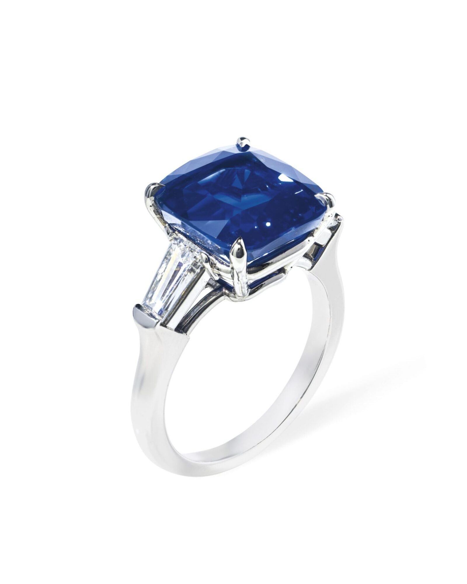 Kashmir sapphire and diamond ring of 7.83 cts estimate CHF400,000-600,000