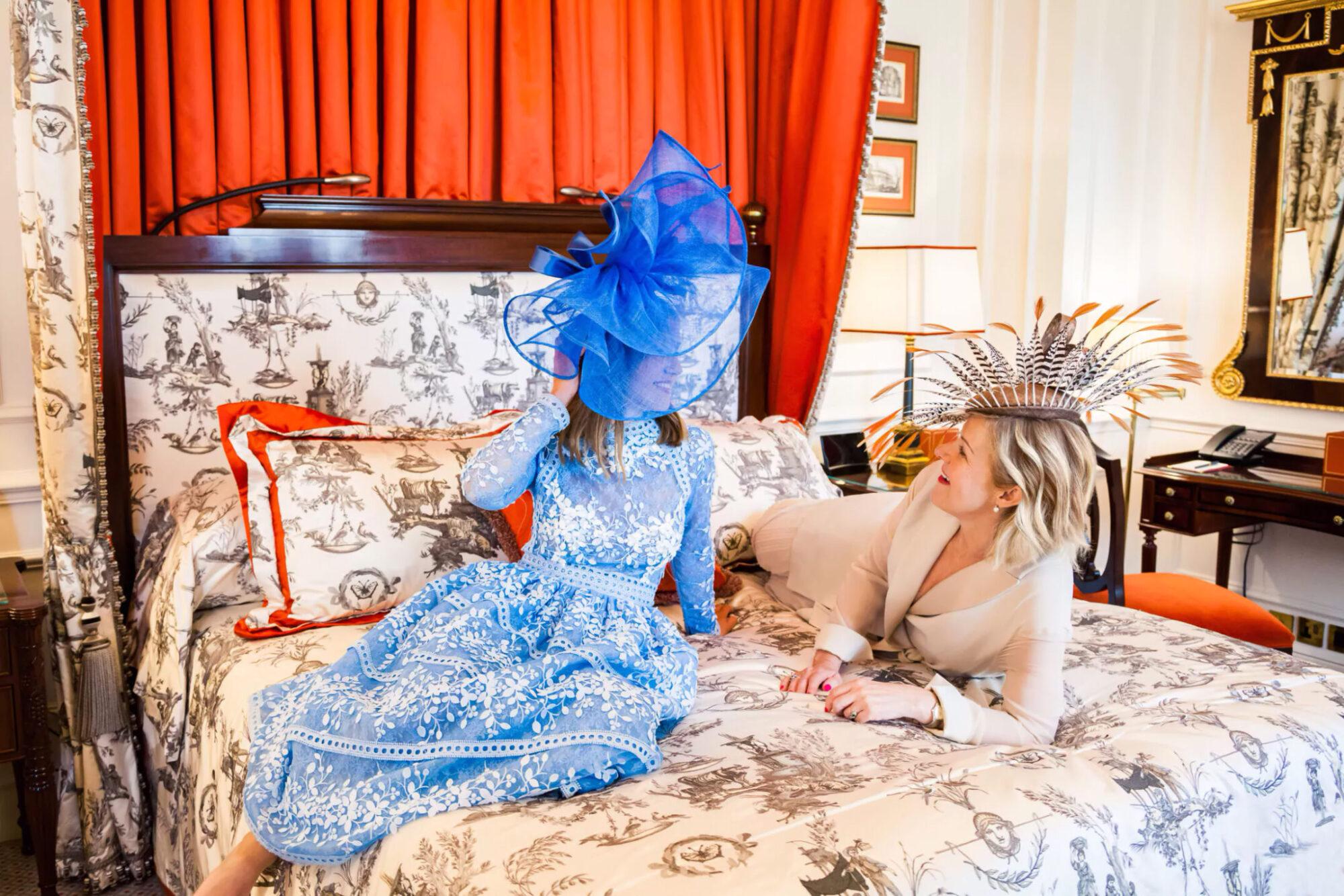 Элла Маунтбаттен (Hon. Ella Mountbatten) и ее мать Леди Пенелопа Маунтбаттен (Lady Penelope Mountbatten)