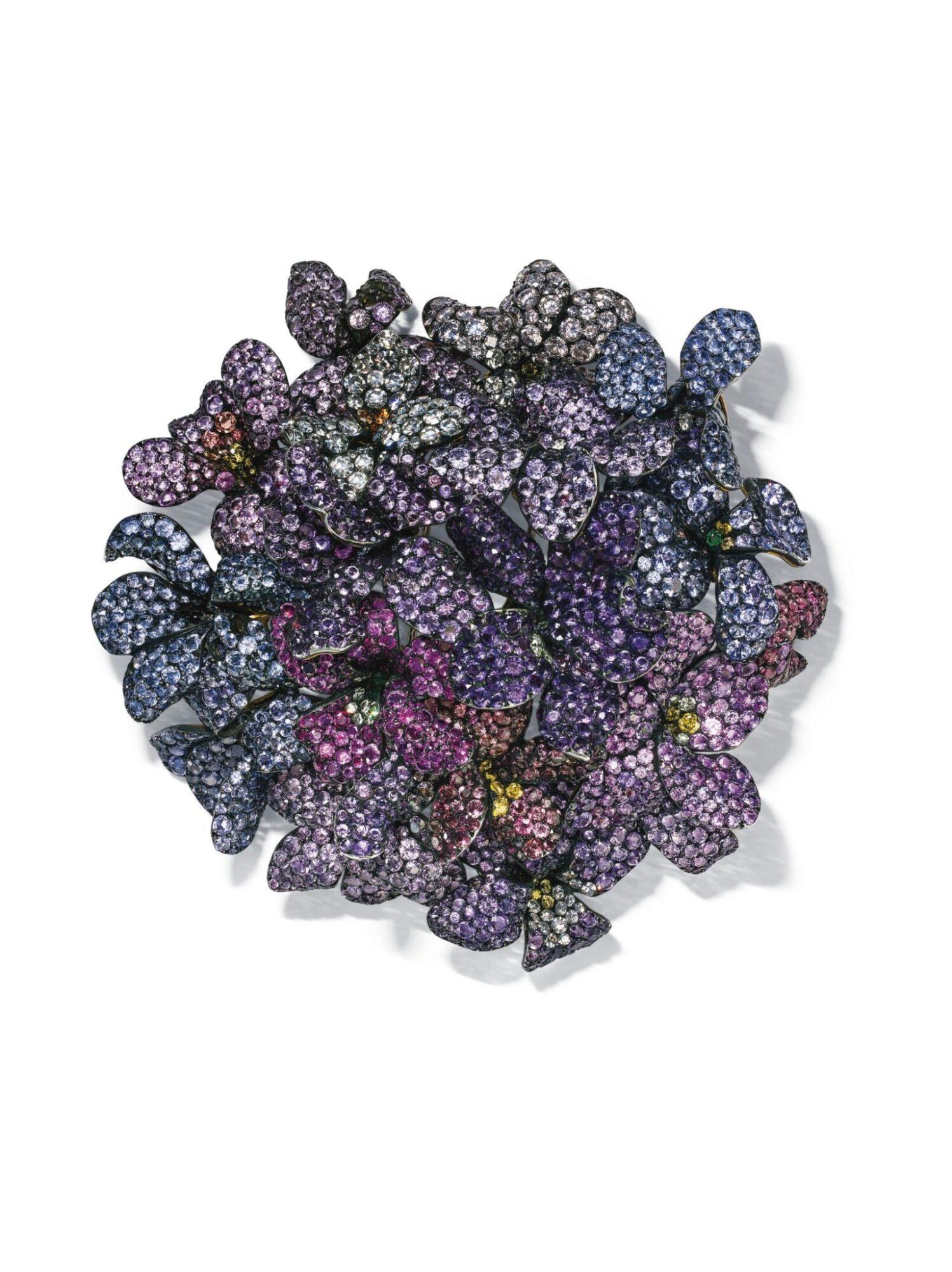 Multi-gem bouquet of vilet brooch by JAR, estiamte CHF800,000-1,200,000
