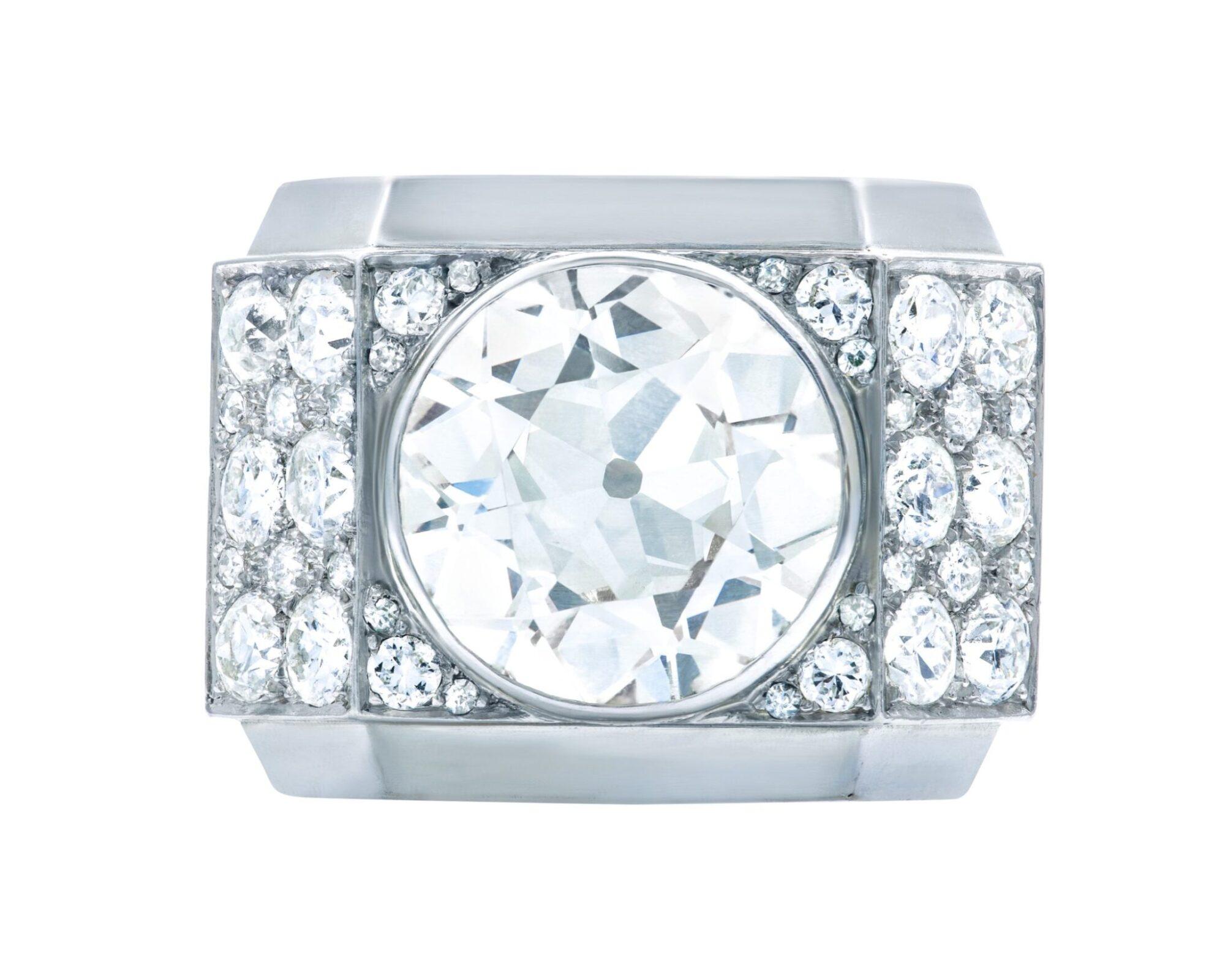 Art-diamond-ring-by-Rene-Boivin-estimate-CHF 100000-150000