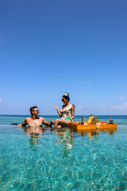 OZEN RESERVE BOLIFUSHI - Floating Breakfast 1
