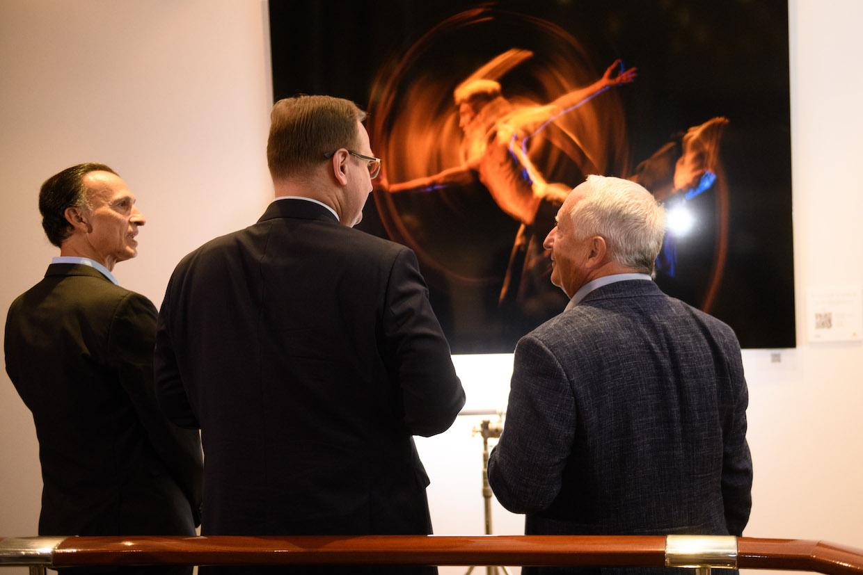 Стюарт Лоусон на открытии выставки «Душа танцора»