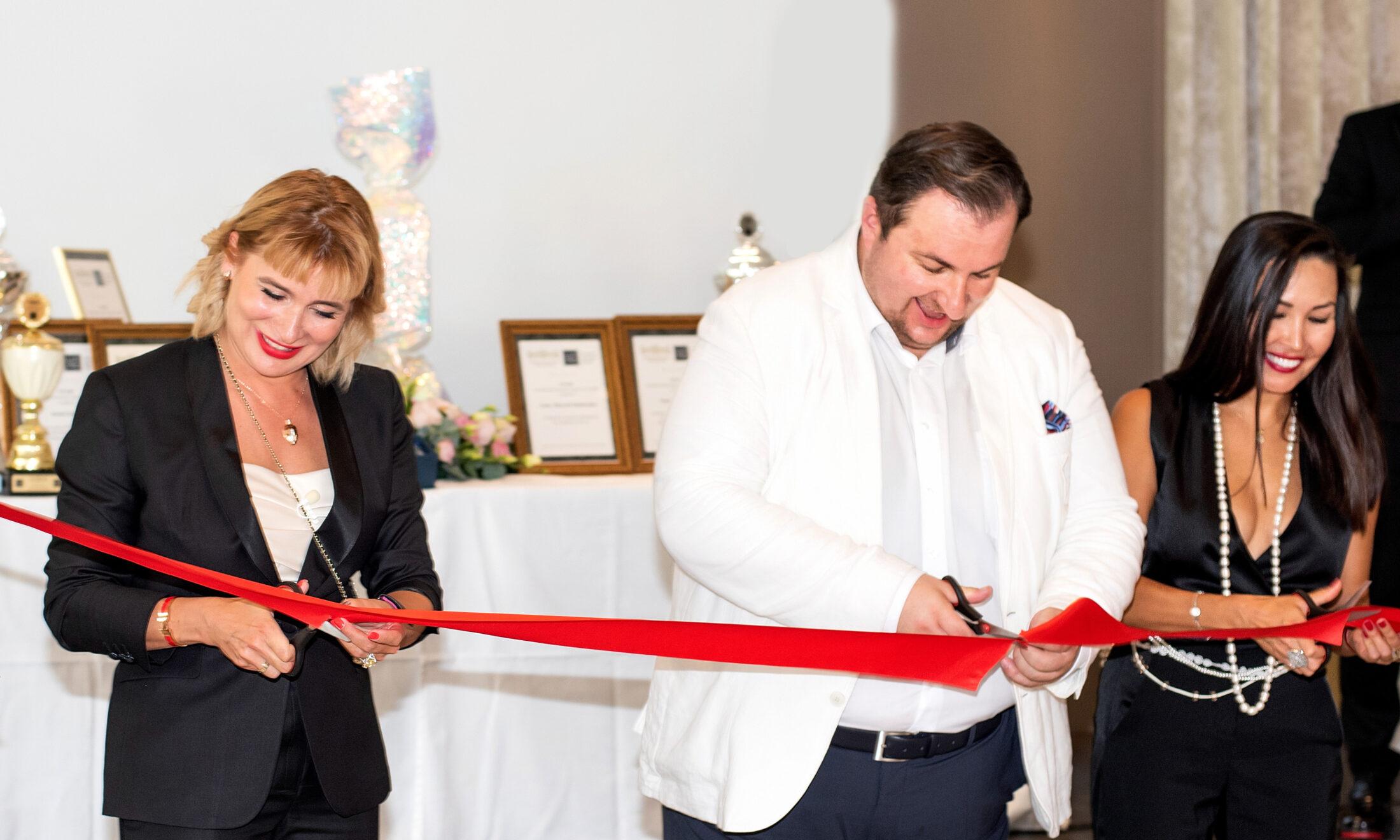Anna Stukkert, Sergej Tschernjawskij, Gulshat Uzenbaeva